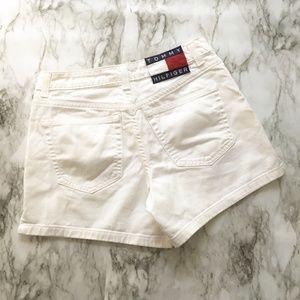 VINTAGE White Tommy Hilfiger Shorts